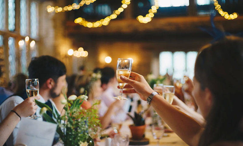 Featured Image How to Plan a Great Work Party - How to Plan a Great Work Party