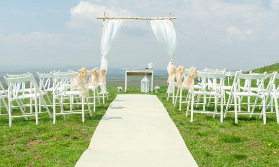 Post Image 5 Tips for Choosing Wedding Decor Keep the cost in mind - 5 Tips for Choosing Wedding Decor